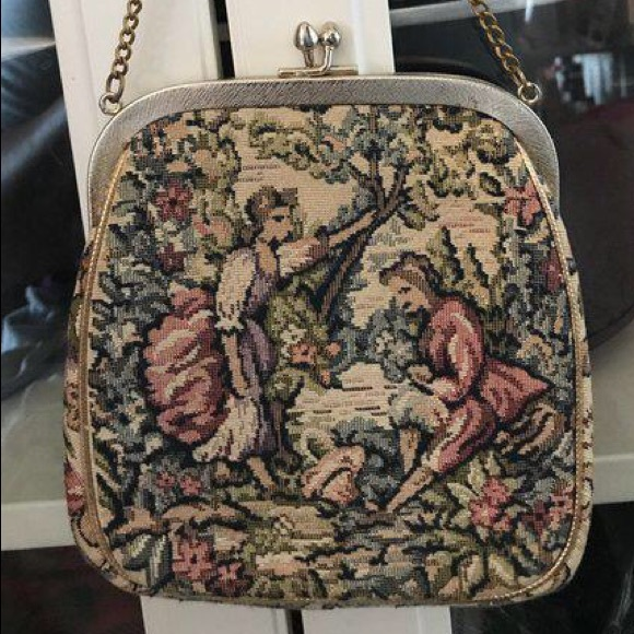 Vintage Handbags - Vintage chain purse